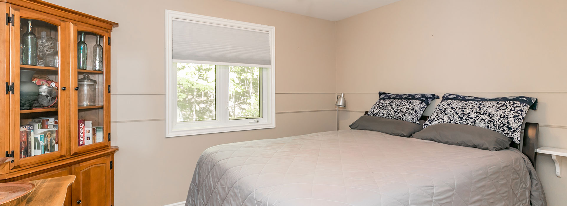 185 Darby Road - Bedroom with Window - Cripps Realty