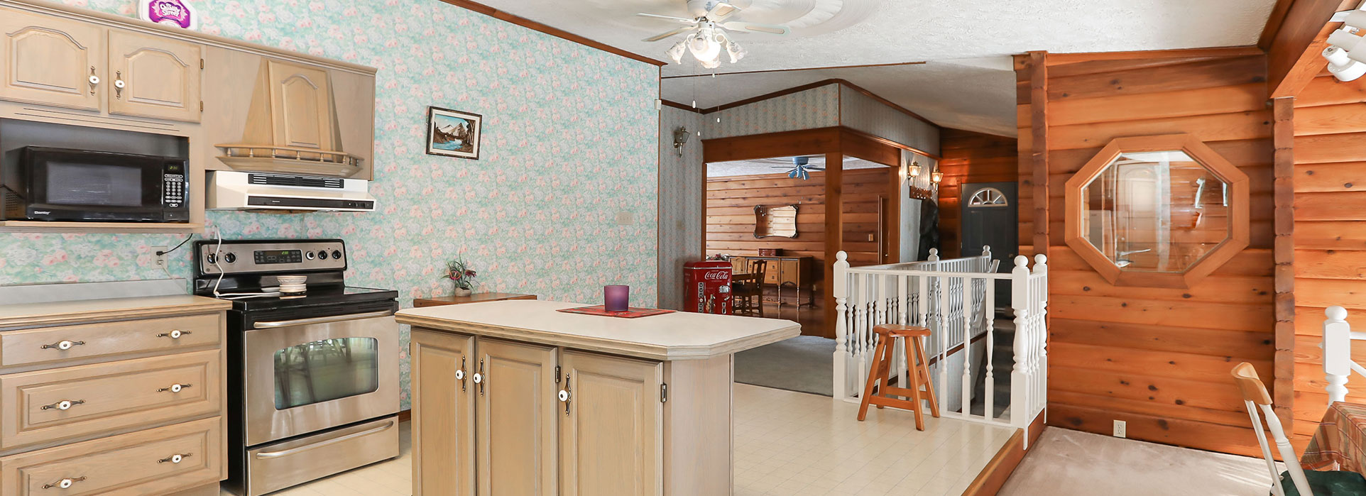 5870 Concession 2 - Kitchen - Cripps Realty